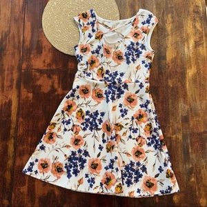 Gilli White Floral Dress with criss cross neck